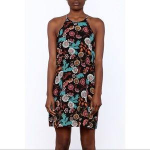 Everly Dresses - NWT Everly Floral Shift Dress